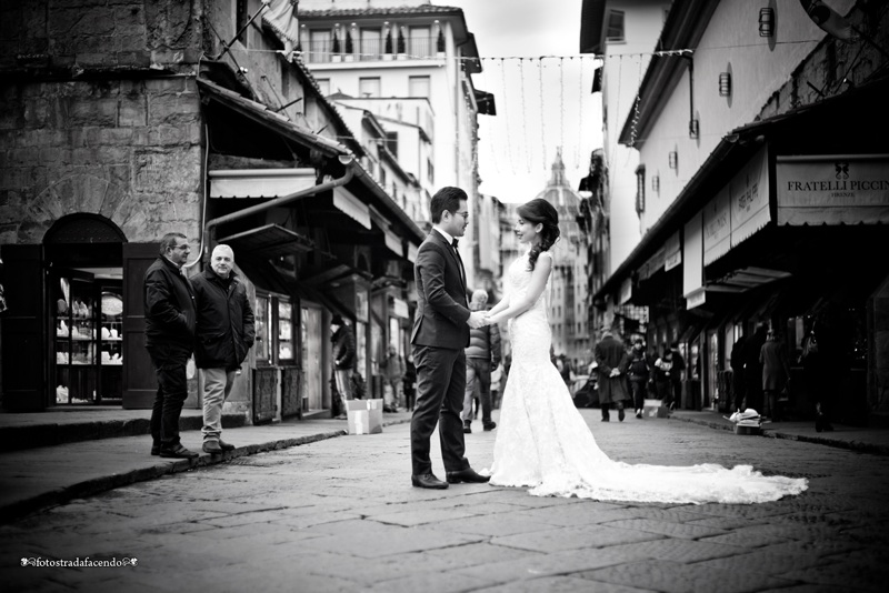 Firenze, groom, bride, wedding, tuscany, getting married in italy, wedding photography, destination wedding, Florence wedding photographer, Cinqueterre wedding, cinque terre wedding photographer, asian bride